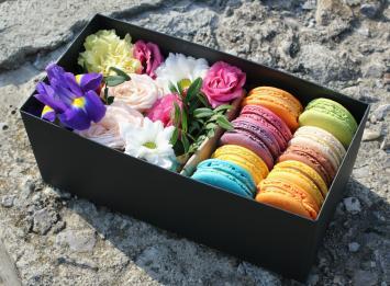 Коробка макарун