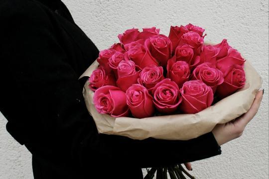 розовые розы недорого