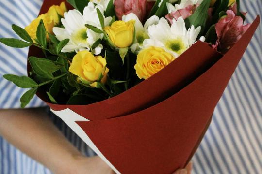 небольшой букет цветов цена