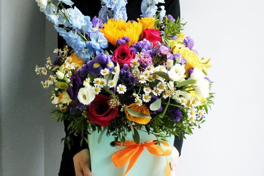 композиция из цветов цена