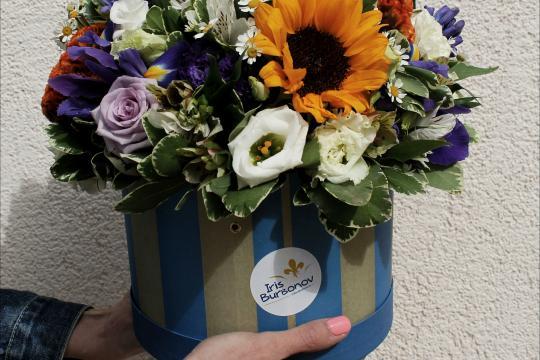 Доставка цветов сюрпризом