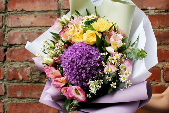 сборный букет цветов цена