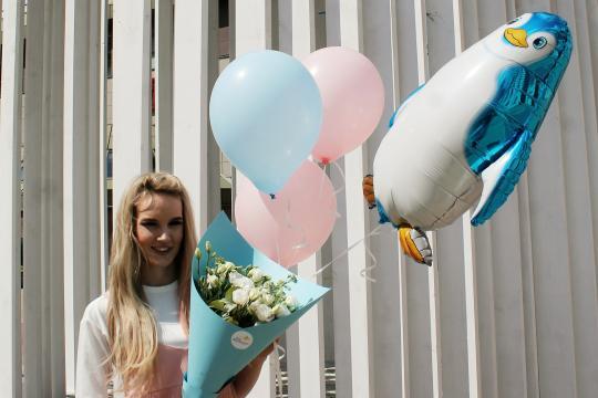 цветы и воздушные шары недорого