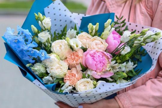 букет с розовыми пионами в екатеринбурге