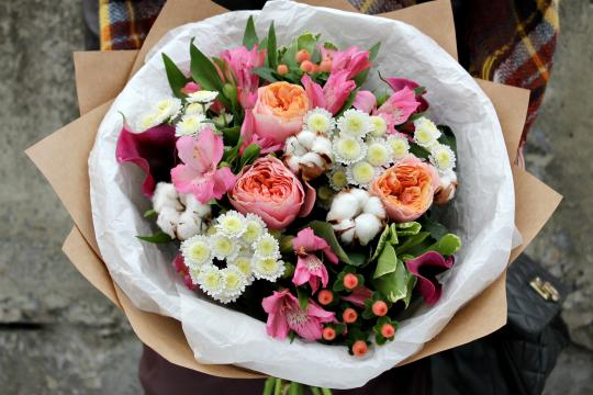 пионовидные розы недорого