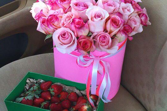 Заказать розы с доставкой
