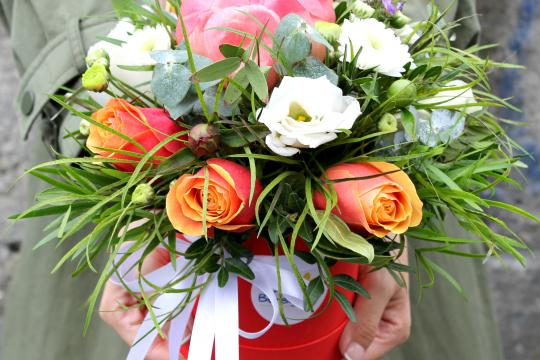 Шляпная коробка для цветов