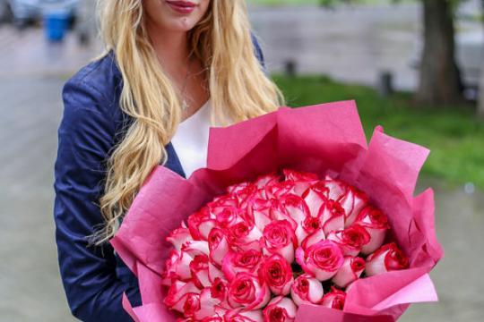 букет из 51 розы 40 см цена
