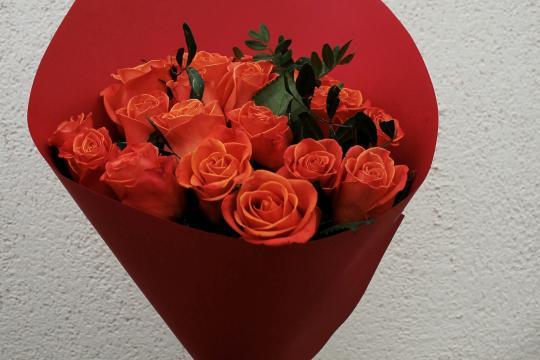 19 роз недорого